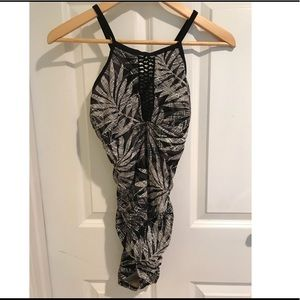 Target Black and White One Piece Bathing Suit Sz M